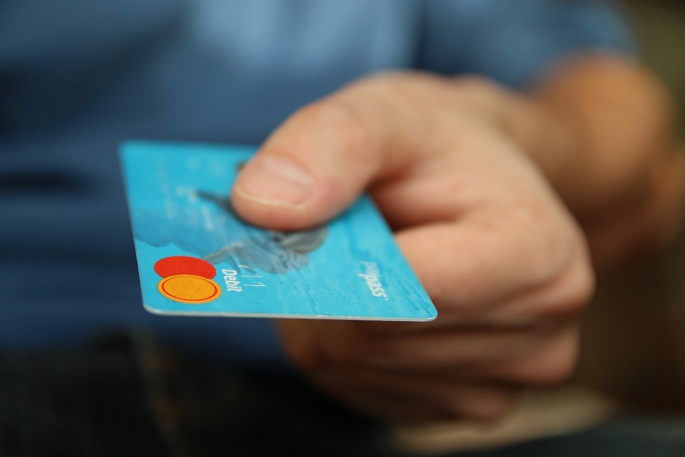 An Immigrant's Guide To Building A US Credit Score